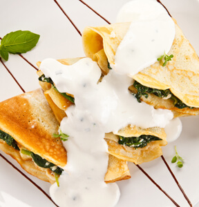 CR��PES AL GORGONZOLA E SPINACI