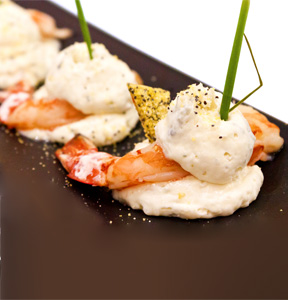KING PRAWNS WITH GORGONZOLA SAUCE