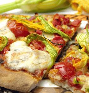 PIZZA AL GORGONZOLA E FIORI DI ZUCCHINA