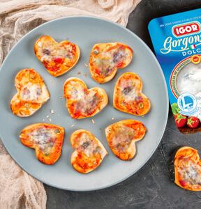 CUORI DI PIZZA AL GORGONZOLA E VERDURE